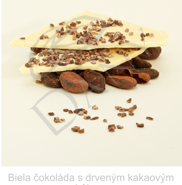 Biela-cokolada-s-drvenym-kakaovym-bobom
