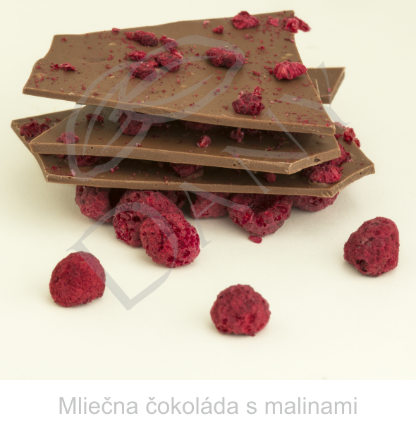 Mliecna-cokolada-s-malinami