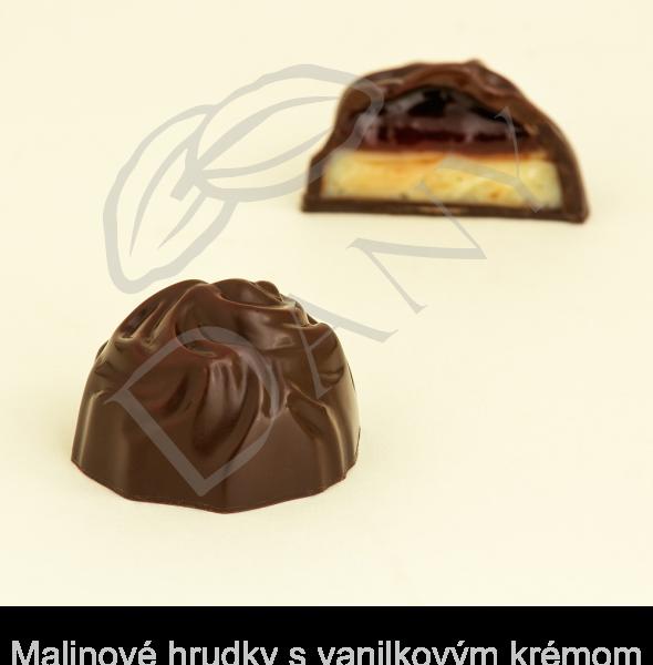 Pralinky-Malinove-hrudky-s-vanilkovym-kremom-v-tmavej-cokolade