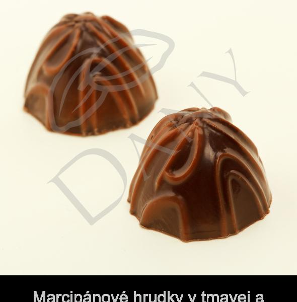 Pralinky-Marcipanove-hrudky-v-tmavej-a-mliecnej-cokolade