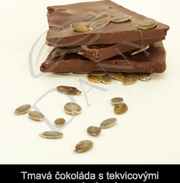 Tmava-cokolada-s-tekvicovymi-semienkami
